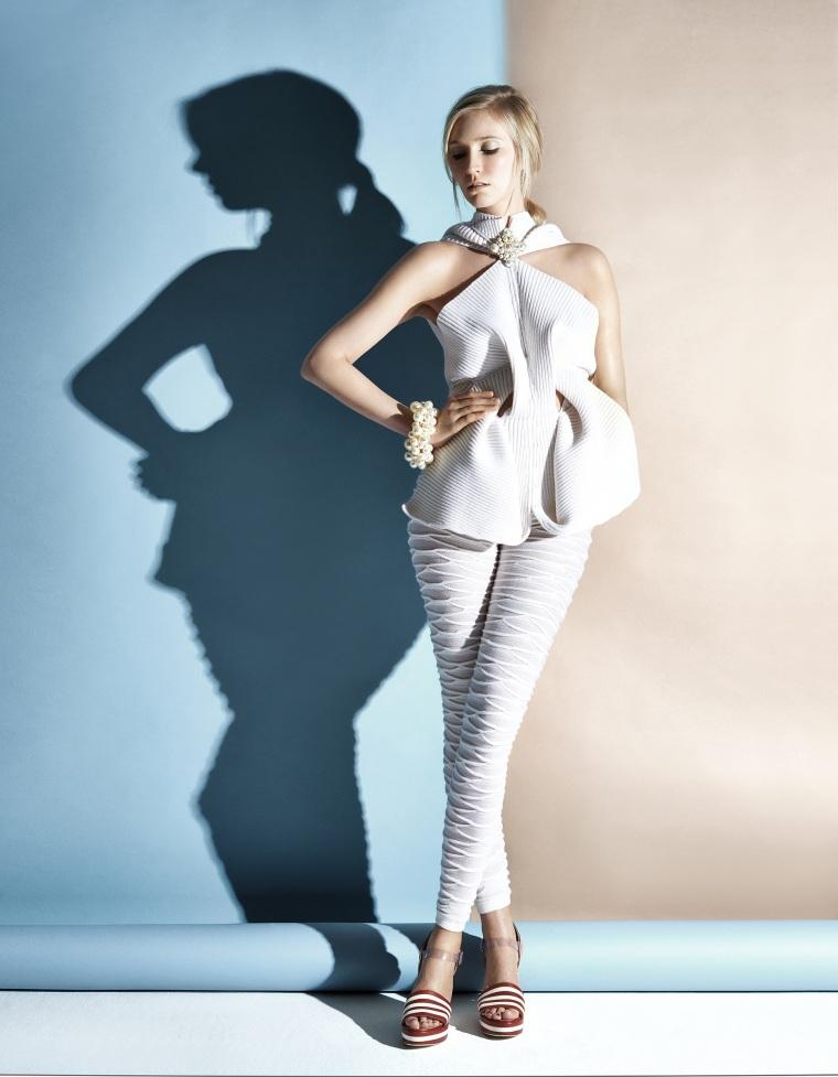 Kelly Knox modeling