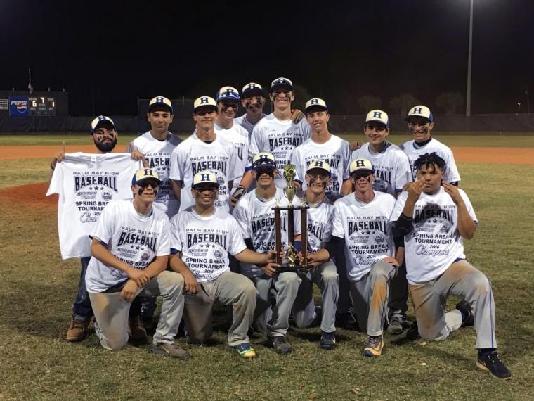 The Heritage High School baseball team.