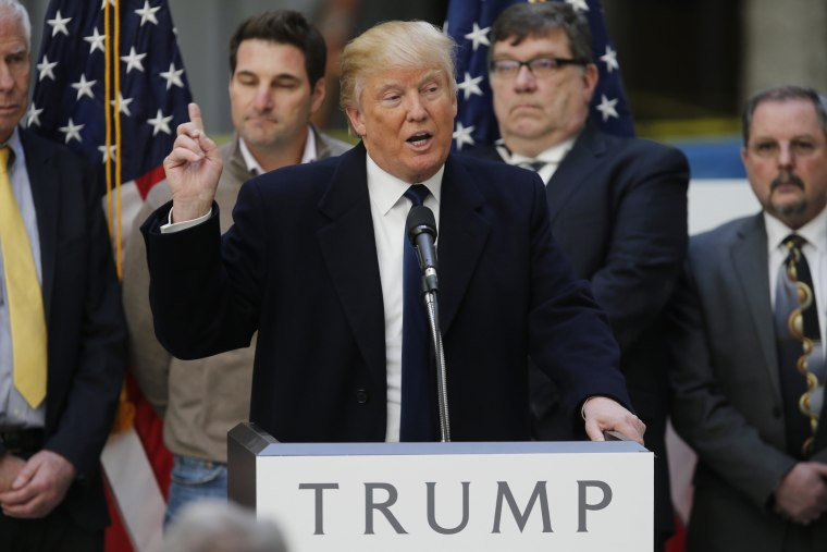 Image: Republican U.S. presidential candidate Trump speaks during news conference in Washington