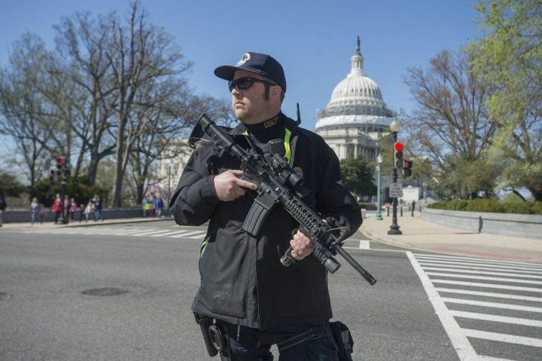 Image: Capitol Police respond to a report of shots fired on Capitol Hill
