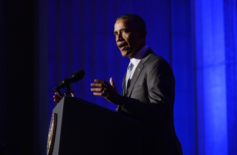Image: Obama delivers the keynote address at the awards dinner for Syracuse University's Toner Prize for Excellence in Political Reporting