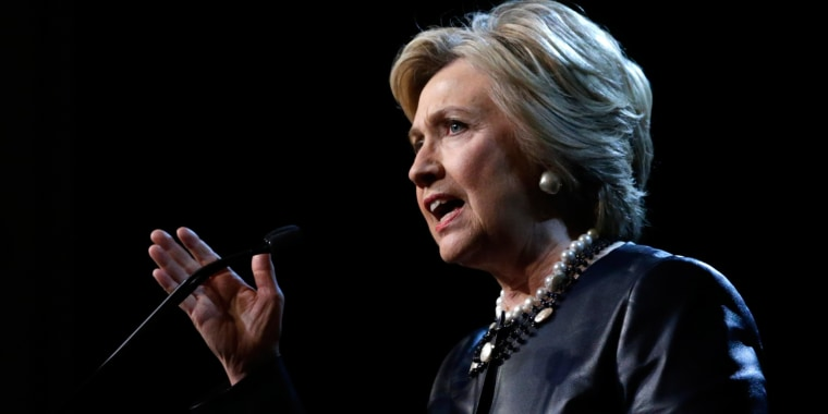 Image: US Democratic presidential candidate Hillary Clinton campaigns in New York City