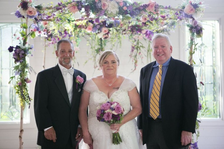 A homeless couple, Rocky and Evelyn Barlett, were able to get married thanks to donations