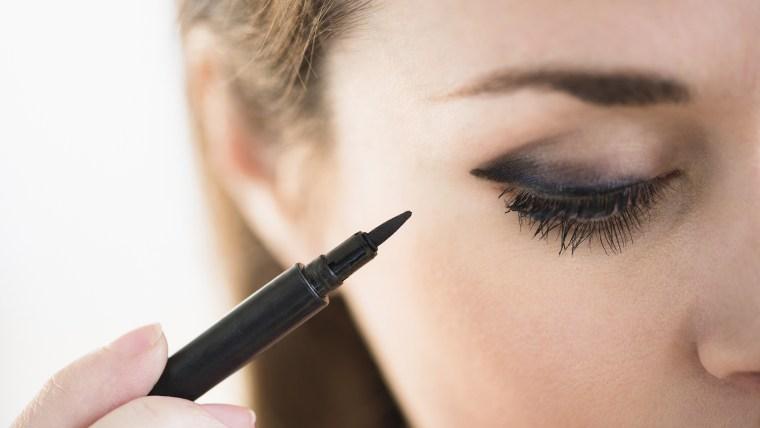 Sandbagging makeup technique
