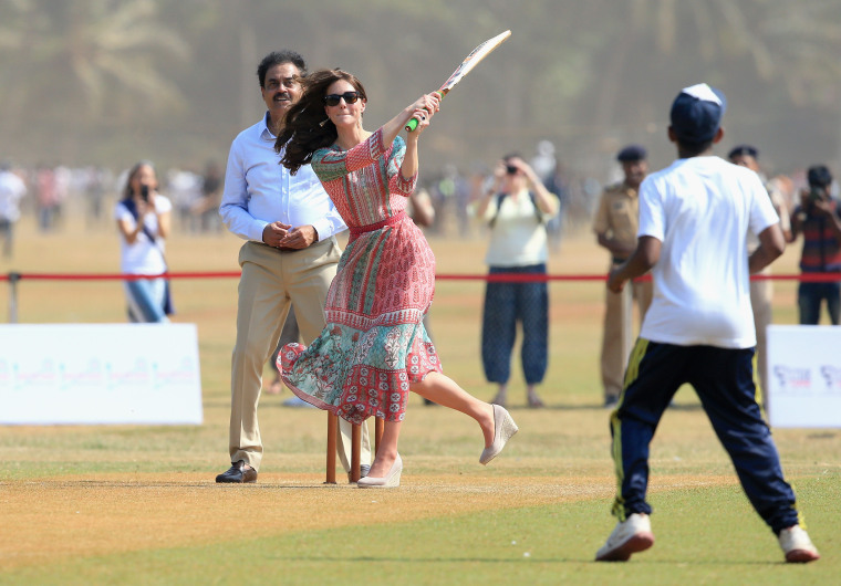 Cricket In India Today >> Prince William and Duchess Kate arrive in India! See the