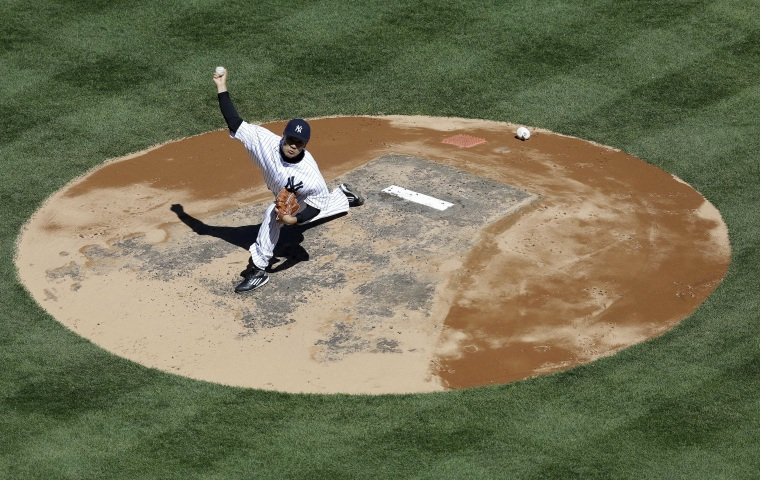 Image: New York Yankees starting pitcher Masahiro Tanaka throws during the second inning against the Houston Astros