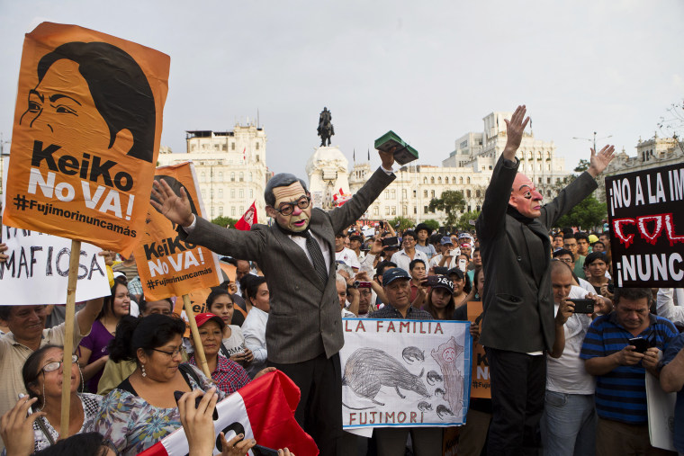 Image: Demonstrators protest against Peruvian presidential candidate Keiko Fujimori