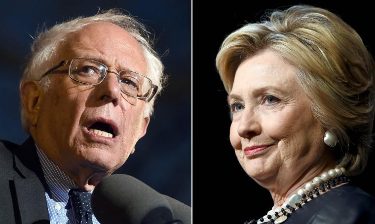 Image: US-VOTE-DEMOCRATS-SANDERS-CLINTON