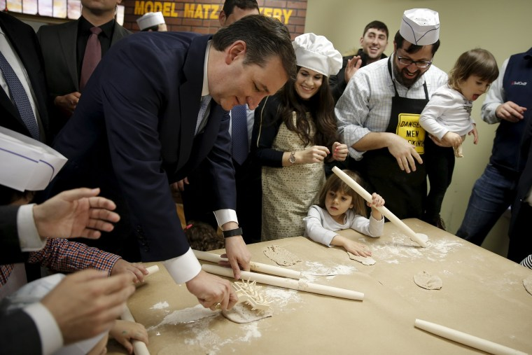 Image: U.S. Republican presidential candidate Ted Cruz  and children make the traditional Jewish bread, matzah at a campaign event in the Brooklyn borough of New York