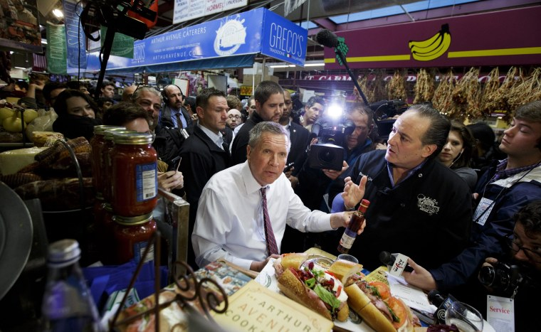 Image: Kasich campaigns in the Bronx