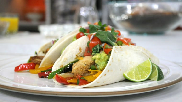 Siri Daly makes chicken fajitas inspired by one of her favorite dishes at Chili's