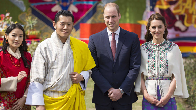 Image Duke and Duchess of Cambridge meet with King and Queen of Bhutan