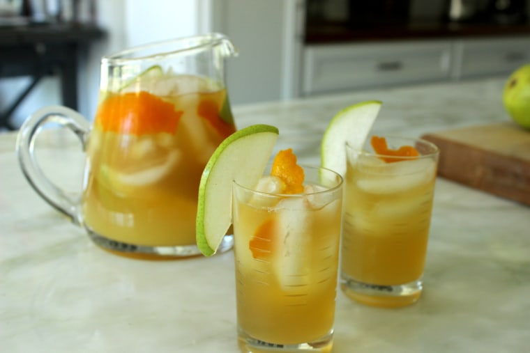 Big-batch cocktail recipe: Green tea and pear punch
