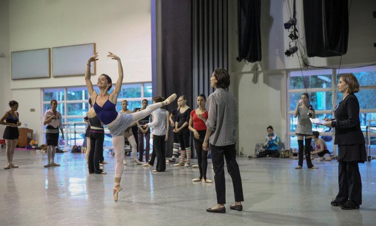 Lourdes Lopez coaching Miami City Ballet dancers.