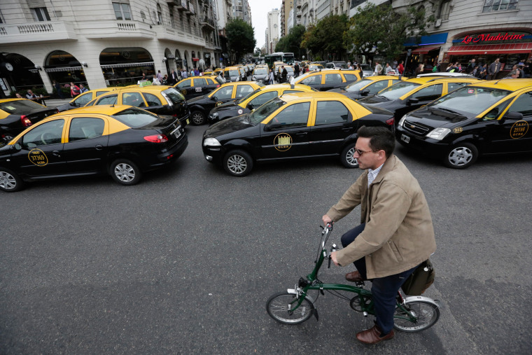 Image: Argentina protests Uber