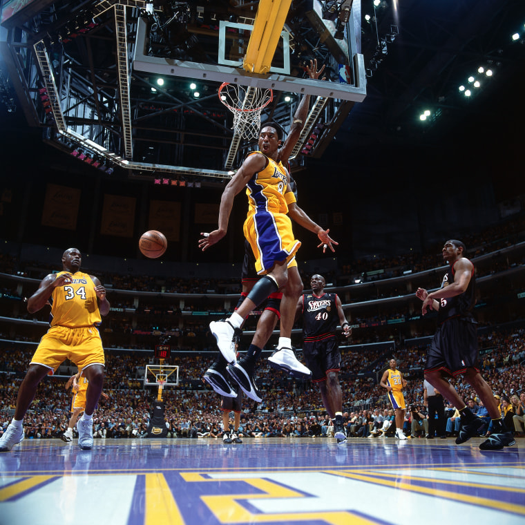 Image: 76ers v Lakers Bryant
