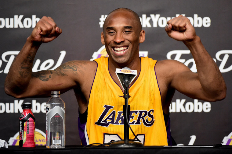 bcac142fa23 Kobe Bryant Upstages Golden State Warriors  Historic Night