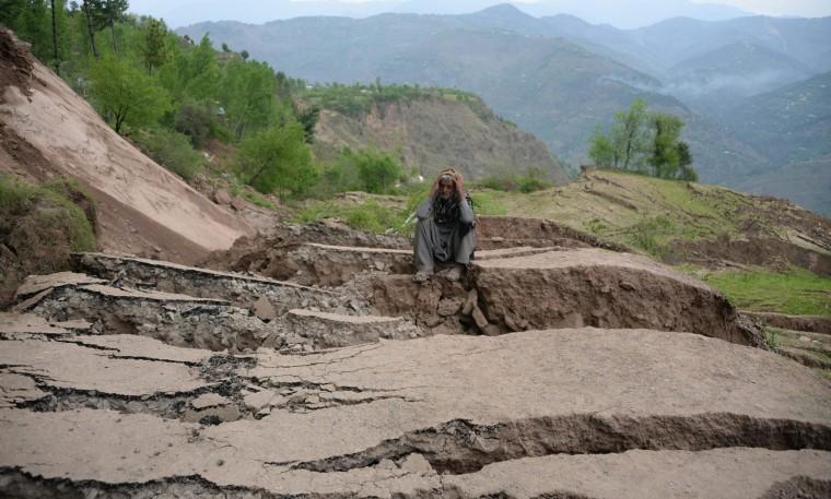Image: TOPSHOT-PAKISTAN-KASHMIR-WEATHER-LANDSLIDES