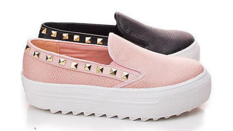 Aquapillar Rayka07 Flatform Round Toe Pyramid Studded Slip On Fashion Sneakers
