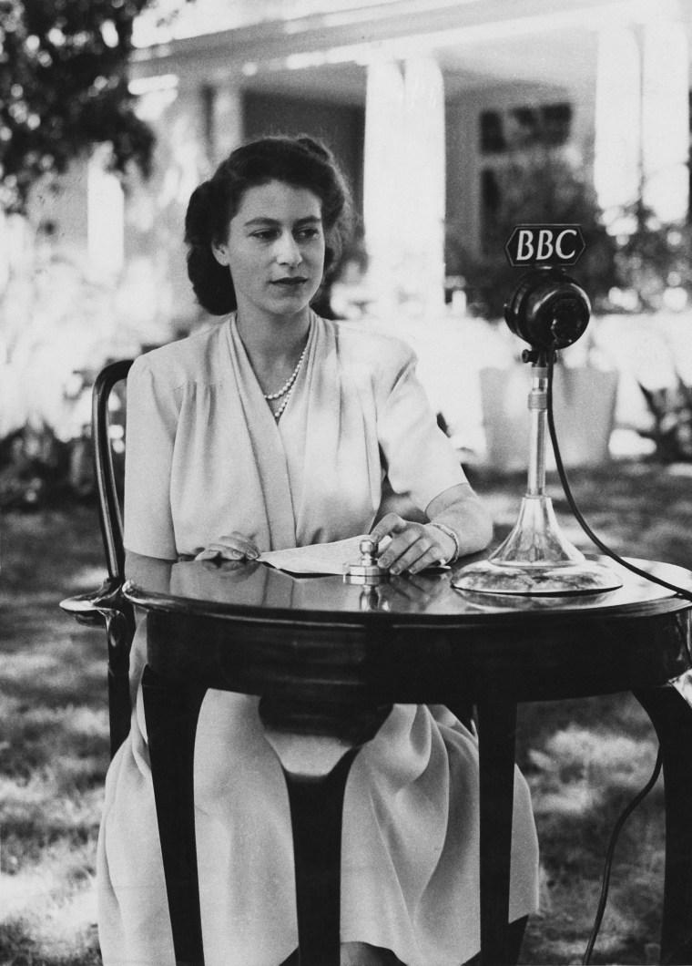 Image: Queen Elizabeth II in 1947