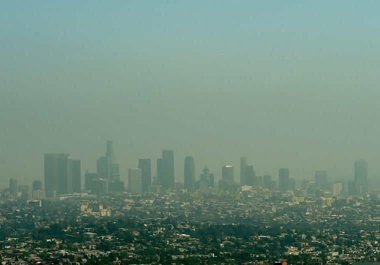 US-LIFESTYLE-TOURISM-LOS ANGELES-POLLUTION