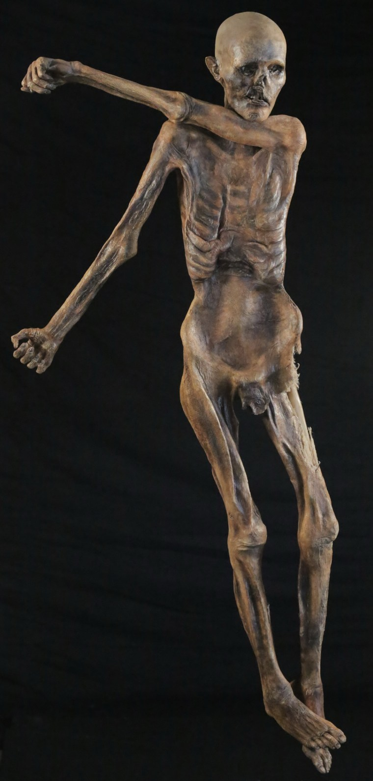 Image: A sculpture created by U.S. artist Gary Staab of Oetz, the Iceman
