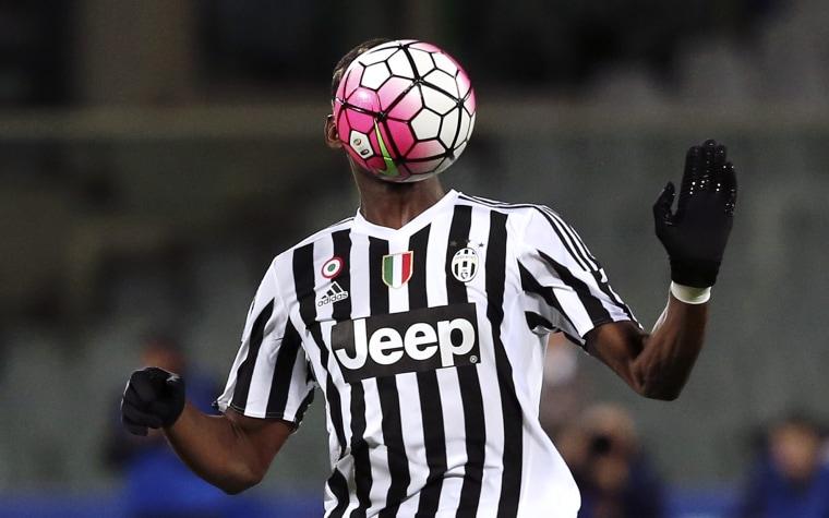 Image: Football Soccer - Fiorentina v Juventus - Italian Serie A - Artemio Franchi stadium, Florence, Italy - 24/04/16