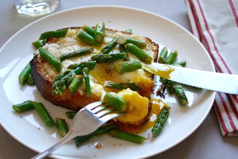 Eat asparagus for breakfast with an asparagus and egg toast