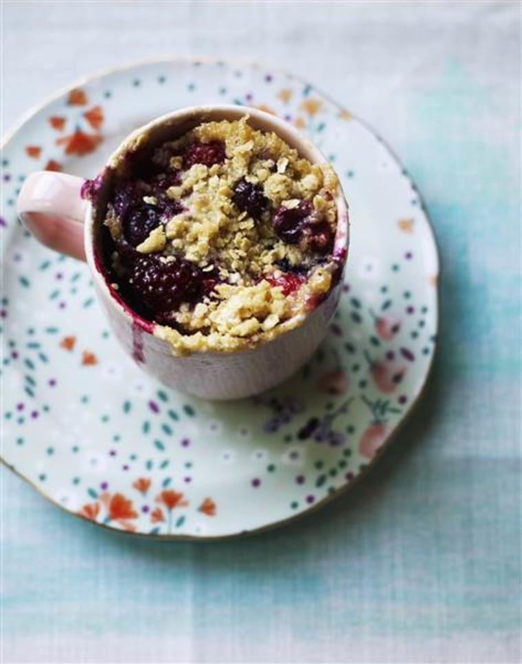 Almond berry breakfast mug
