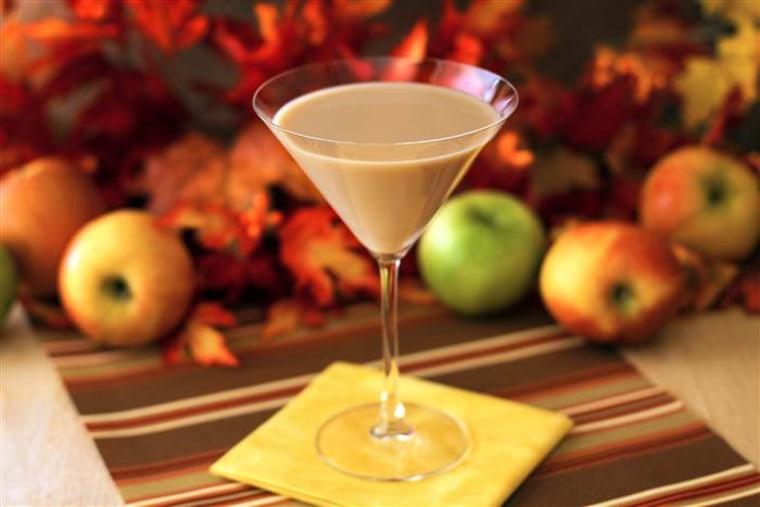 Thanksgiving cocktail: Caramel apple pie martini