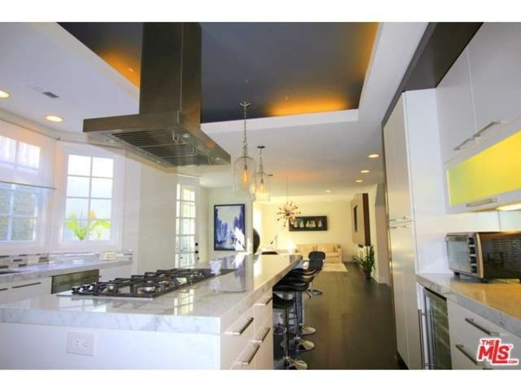 Carmen Electra buys Hollywood home