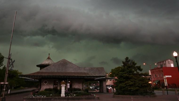 Image: Storm rolls into Kirkwood