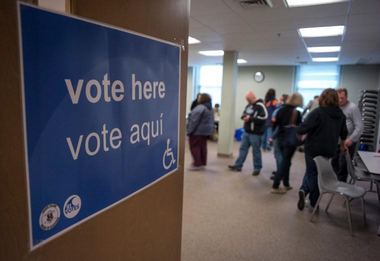 Image: Voting in Rhode Island