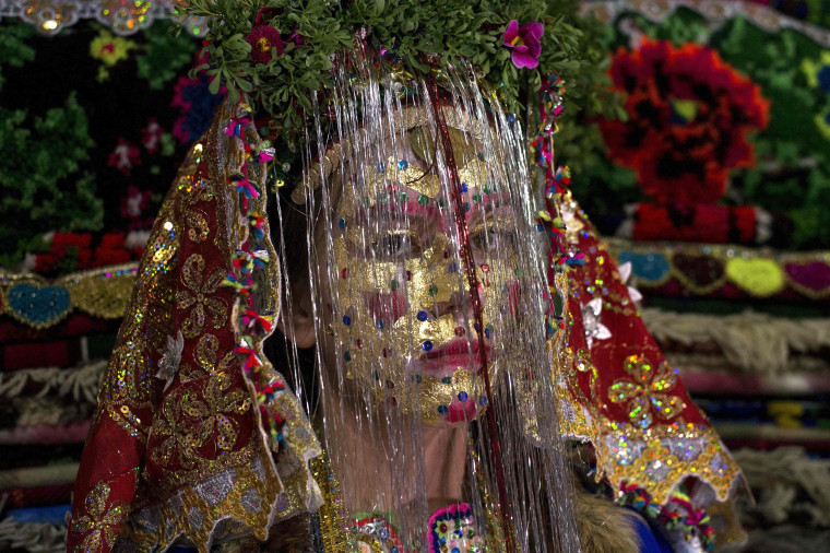 Image: TOPSHOT-BULGARIA-RELIGION-MINORITY-MUSLIMS-WEDDING
