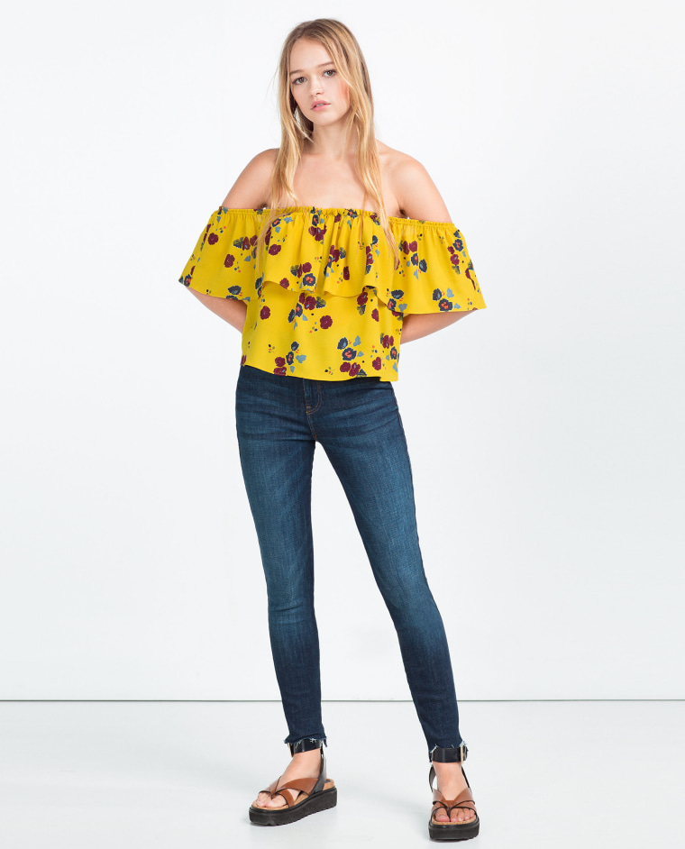 51528e0c8c1 Off-the-shoulder tops, dresses to try now