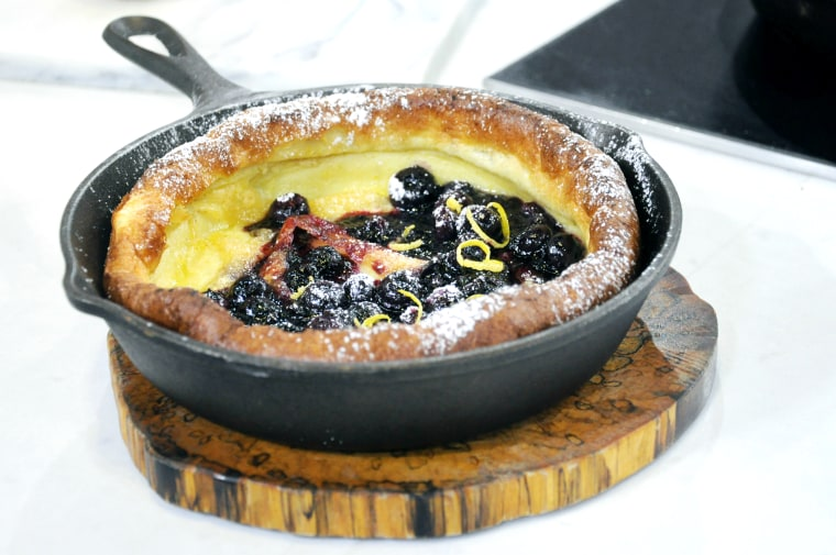 Al Roker makes a blueberry Dutch baby pancake for Mother's Day