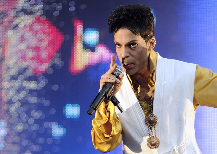 Image: Prince performs in Paris in 2011