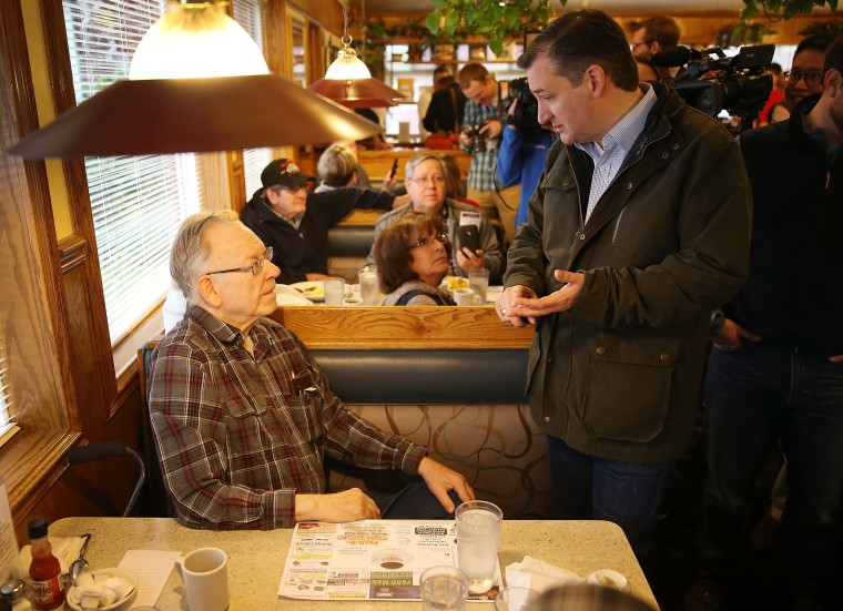 Image: Ted Cruz Campaigns At Indiana Cafe Ahead Of State Primary