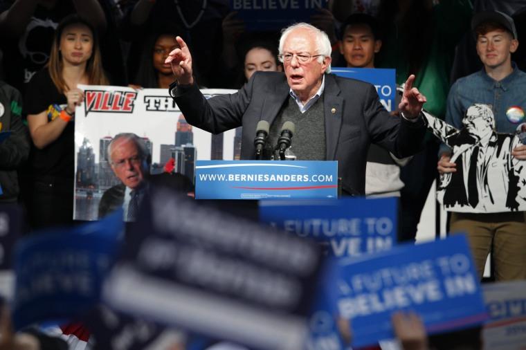 Image: Democratic presidential candidate Bernie Sanders addresses a crowd