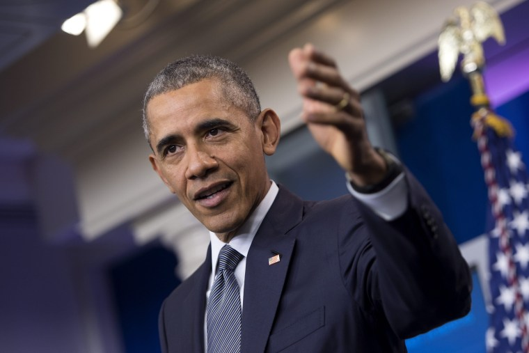 Image: Obama delivers remarks on the economy