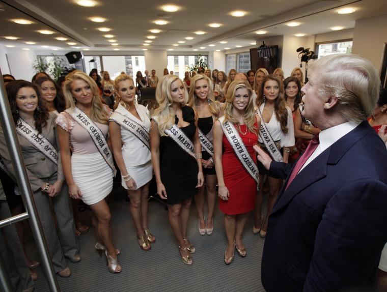 Image: Donald Trump addresses Miss USA contestants