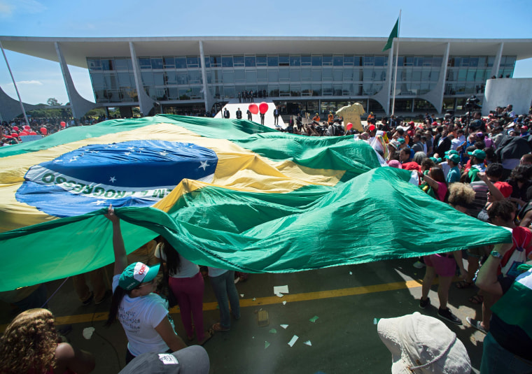 Image: Supporters of Dilma Rousseff