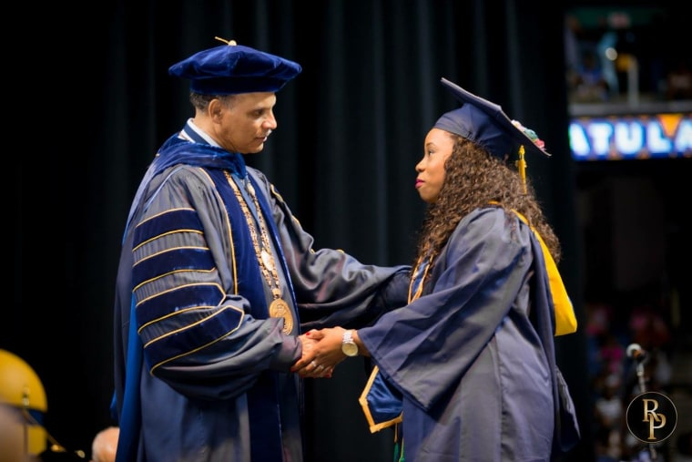 Jelina Sheppard, a single mom, thanked her son for helping her to graduate