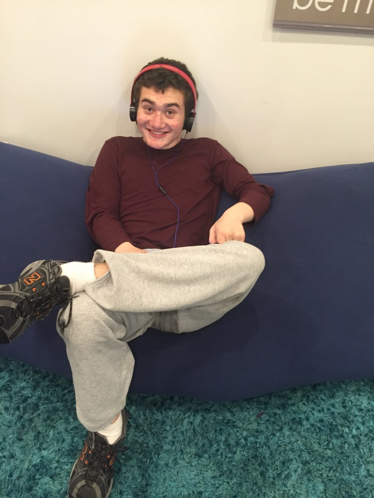 Gordy Baylinson, teen with autism
