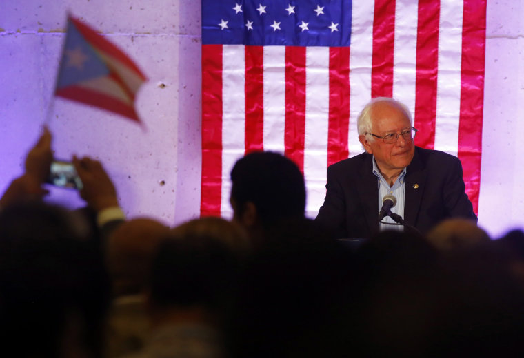 Image: Senator Bernie Sanders in Puerto Rico