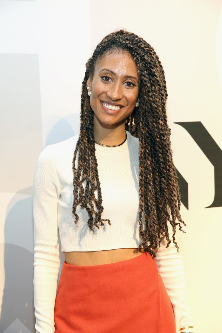 Elaine Welteroth poses for a photo during Alcon Air Optix presentation.