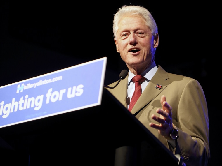 Image: Former U.S. President Bill Clinton campaigns for his wife, Democratic presidential candidate Hillary Clinton, in Sioux Falls