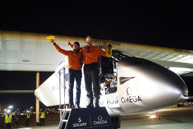 Image: Solar Impulse landing in Dayton, Ohio, United States of America