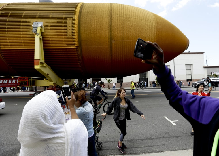 Image: Space Shuttle Endeavour