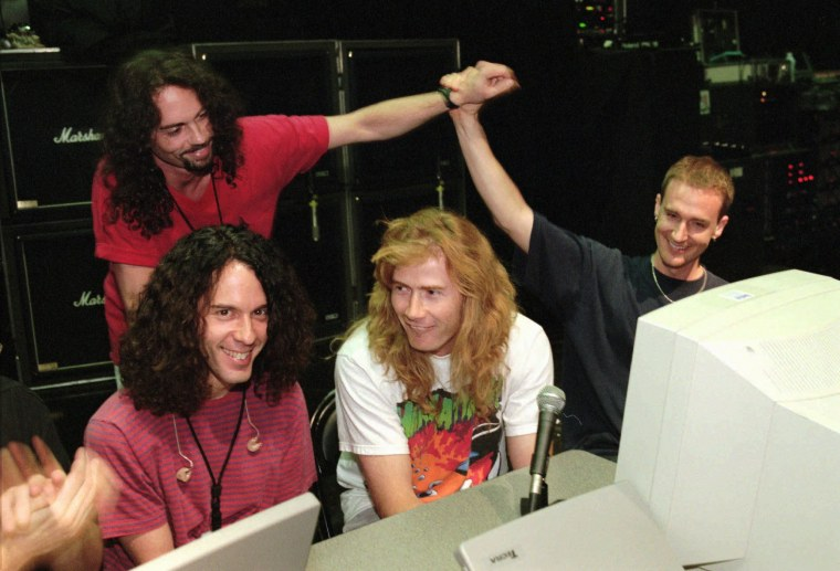 Image: Nick Menza with Megadeth members in 1997